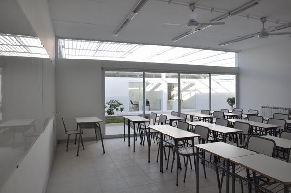 Escuela t cnica n 508 mario corea arquitectura for Aulas web arquitectura