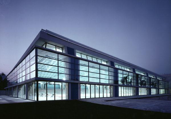 Piscina ol mpica cubierta terrassa mario corea arquitectura - Casas terrassa centro ...